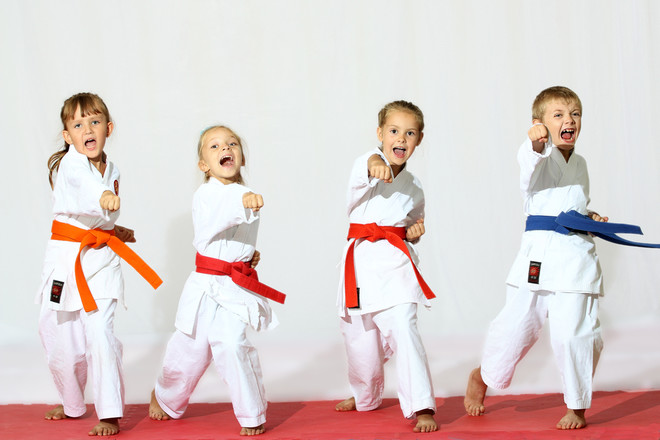 69378361ee2dd99ecbe82efb1f345d84482ce9fe_children-doing-martial-arts